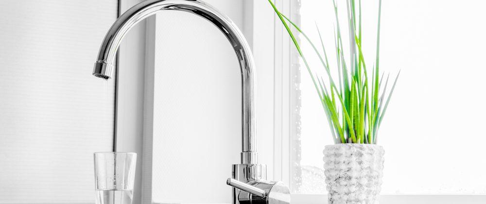 Broken Faucet Parts: Replace or Repair?